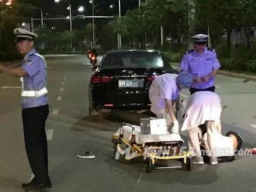 梅州交警下班途中路遇交通事故,全力救助!
