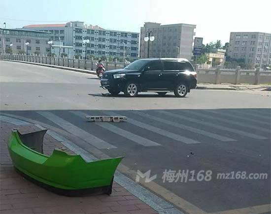 张庄子路口车祸视频_车祸新闻-梅州168