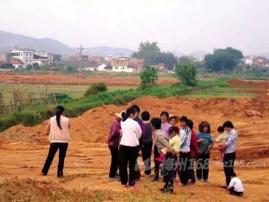 五华多名村民阻挠安龙线110千伏高压线铁塔安装施工,被行拘!